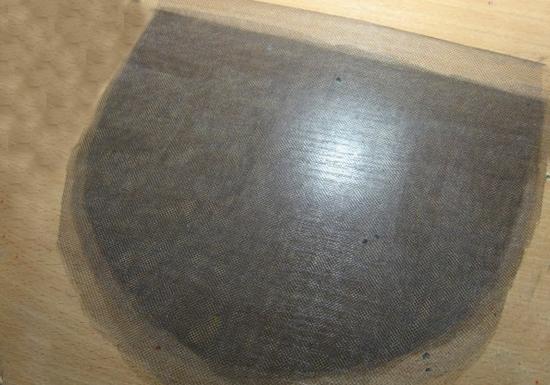 Из фатина вырезаем прямоугольник