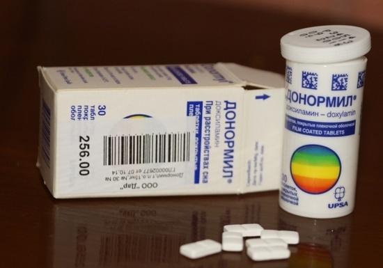 Список безрецептурных снотворных препаратов для пожилых людей: {amp}quot;Донормил{amp}quot;