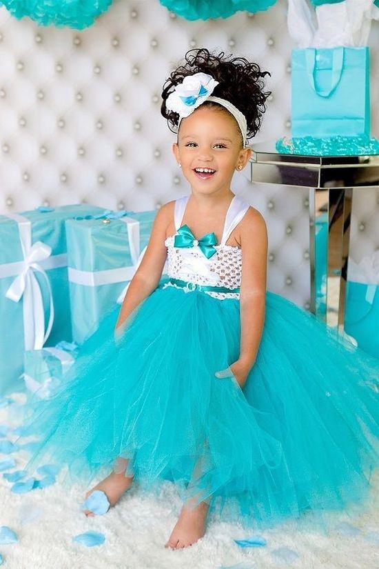 Платье из фатина для девочки на праздник
