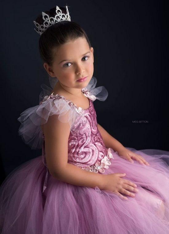 Платье из фатина для девочки принцессы