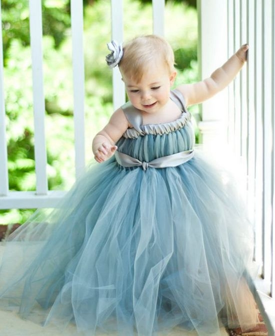 Платье из фатина для девочки малышки