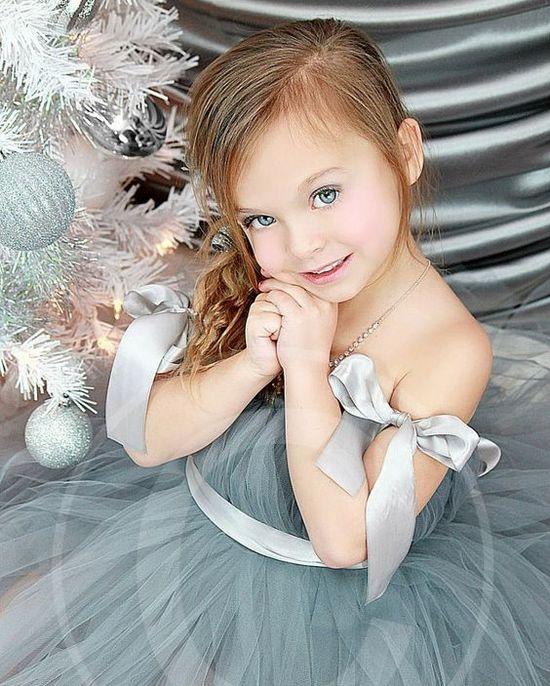 Платье из фатина для девочки нарядное