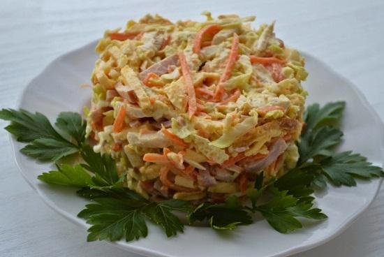 рецепт салата с ветчиной и пекинской капустой с добавлением моркови по-корейски