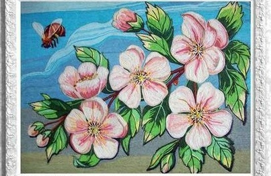 Картина из цветных ниток
