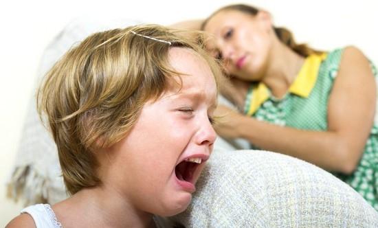 что делать, если ребенок нервный, непослушный и агрессивный