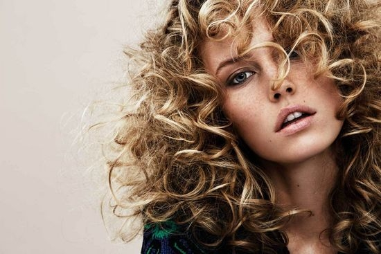 Как самой сделать волнистые волосы?