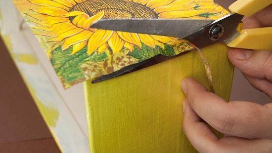 Неровности устраняем ножницами