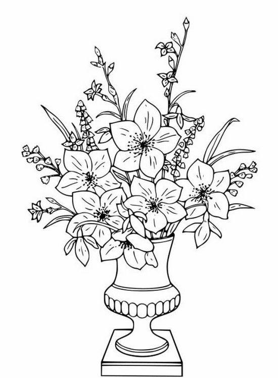 Ваза с лилиями нарисованная карандашом