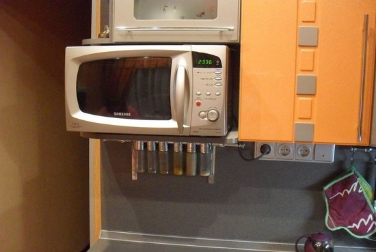 кронштейн для микроволновки на стену