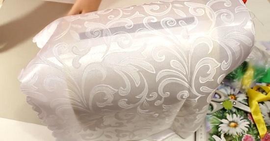 оборачиваем две части сундучка тканью