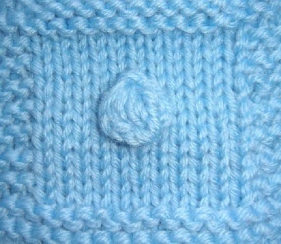 освоить вязание спицами узора «Шишечки»