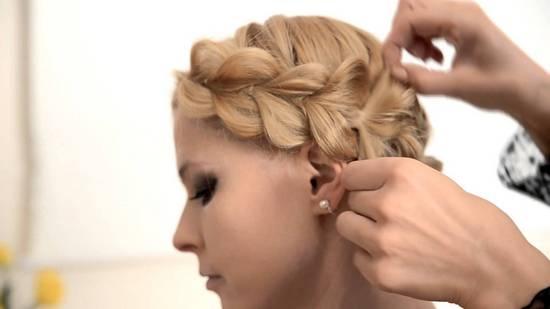 Объемная коса вокруг головы