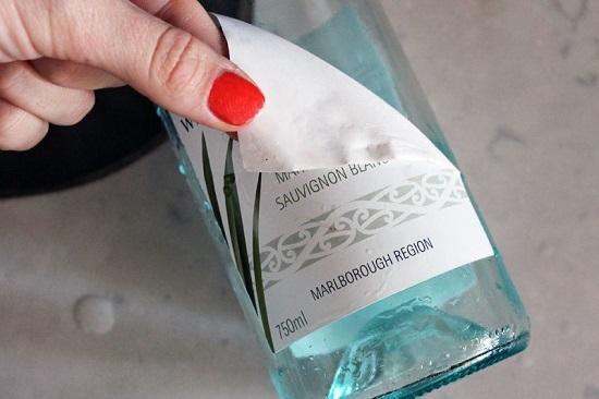 поделка из бутылки с помощью акриловых красок