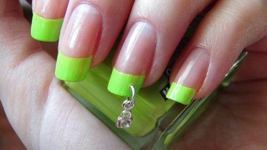 Новый тренд в дизайне ногтей. Ювелирный маникюр - естественное стремление к роскоши!