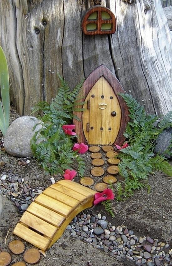 Декор для сада и огорода из дерева