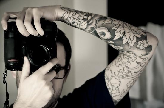 Чёрно белые тату: эскизы для мужчин и женщин