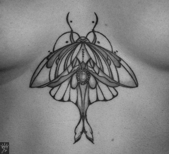 Чёрно белые тату: насекомые