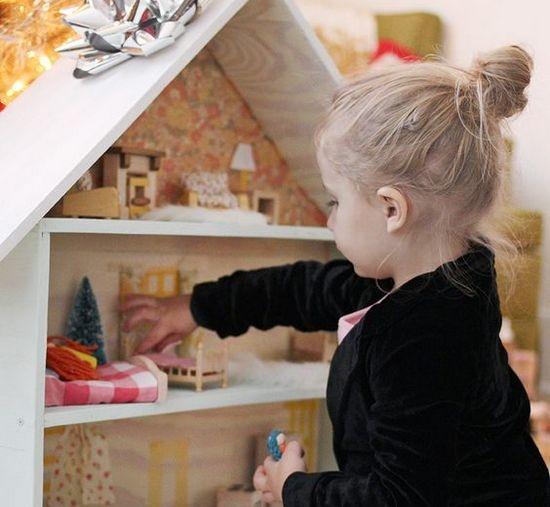 Делаем кукольный домик для дочурки