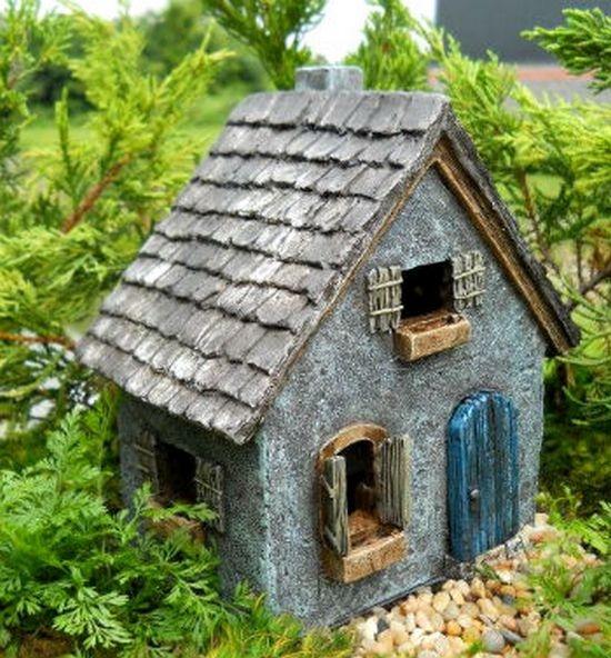 Как сделать домик для клумбы