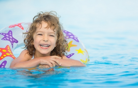 Лето в радость! Как обеспечить безопасность ребенка в летнем отпуске?