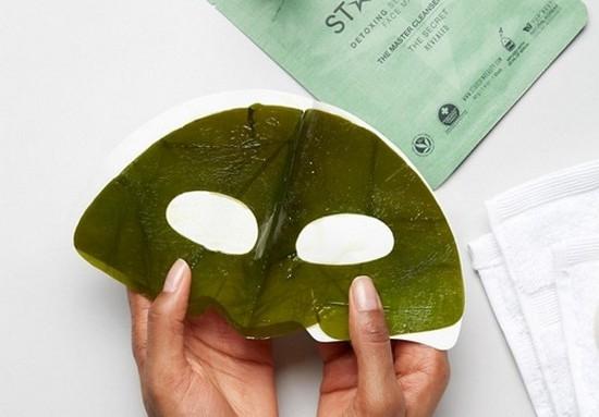Как омолодить кожу лица масками из ламинарии?