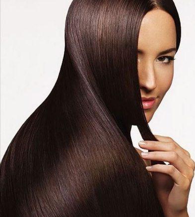 Специалист который занимается лечением волос