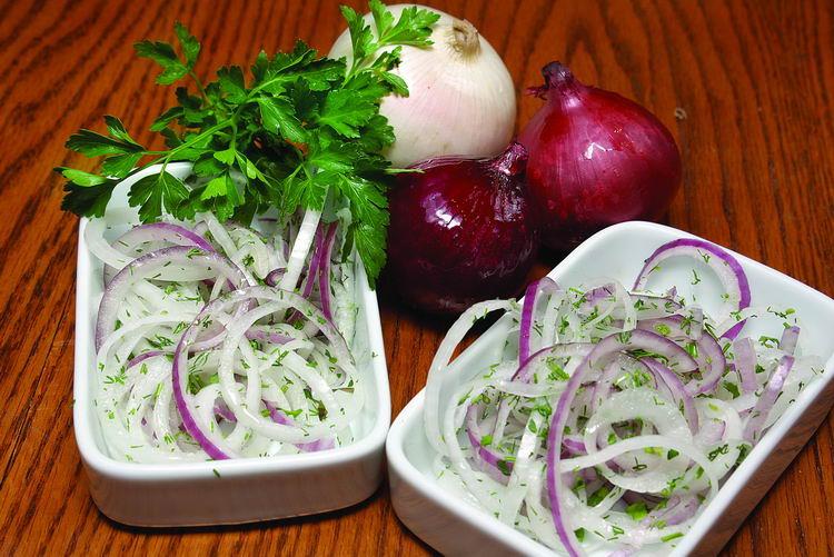 Салаты из лука полезные салаты